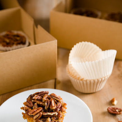 Sticky, Gooey, Nutty Pecan Pie Cupcakes
