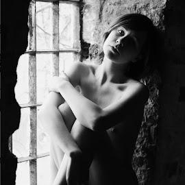 by Mark Peers - Nudes & Boudoir Artistic Nude