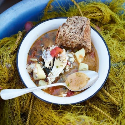 Aegean kakavia (Beautiful fish stew)