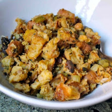 Easy Crock Pot Stuffing (Dressing)