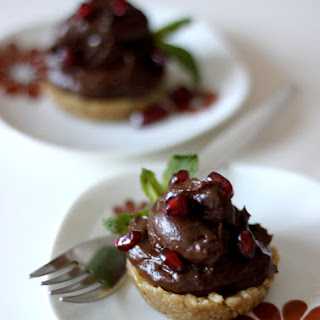 Smooth Criminal Chocolate Mousse Tarts