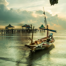 Mr Green by Andy Bagus - Transportation Boats
