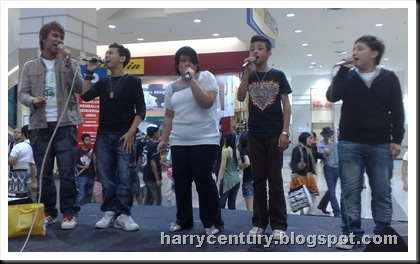 Group sing