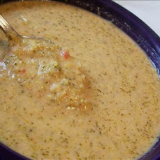 Creamy Broccoli Tomato Cheese Soup