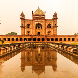 Tomb of Safdarjung by Akhil Kabu - Buildings & Architecture Statues & Monuments ( tomb, safdarjung, delhi )