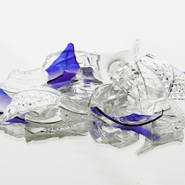 There is Beauty, even in the Broken. by Pamela Wittern - Artistic Objects Glass (  )