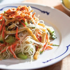 Charles Phan's Green Papaya Salad with Rau Ram, Peanuts, and Crispy Shallots