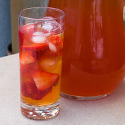 Strawberry-Rhubarb Iced Tea