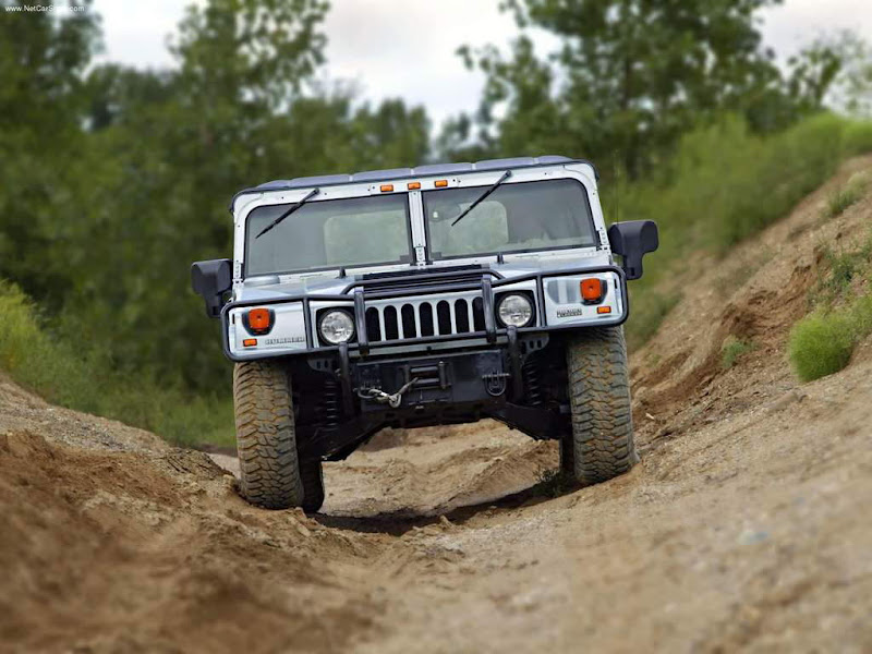 GM's HUMMER...in action - World's most admired SUV