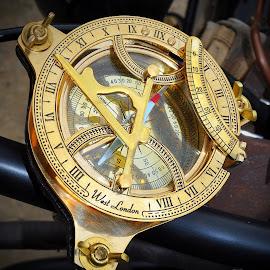 Compass by Marco Bertamé - Artistic Objects Other Objects ( fond de gras, steam punk, festival, yellow, brass, compass,  )