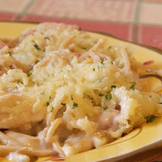 Olive Garden Chicken and Shrimp Carbonara