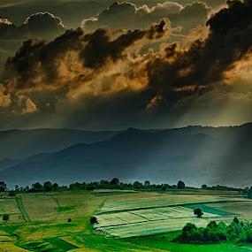 © Costel Ciobanu by Costel Ciobanu - Landscapes Cloud Formations