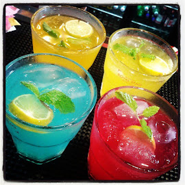tastycotil drinkspearlobsessionperfect pic of these buties ;) by Vijay Krishna - Food & Drink Alcohol & Drinks ( mocktails, colours, awesome, super, black, insta, gt )