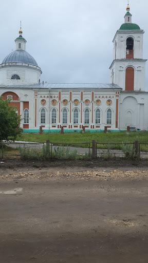 Церковь в Аксел