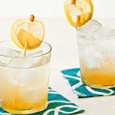 Ginger-Bourbon Fizz
