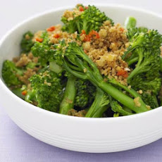 Broccoli With Garlic & Chilli Breadcrumbs