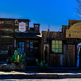 by Randy Sampson - City,  Street & Park  Historic Districts