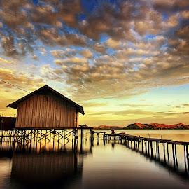 Rumah Danau by Geoffrey Saturnus - Buildings & Architecture Homes