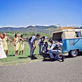 Breakdown! by Alan Evans - Wedding Other ( groomsmen, wedding photography, mistletoe lane, aj photography, breakdown, volkswagen, vw, bridesmaids, helping, wedding, wedding day, bride and groom, hunter valley, hunter valley wedding photographer,  )