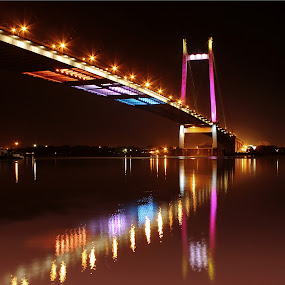 Vidyasagar Bridge Kolkata by Arpit Saha - Landscapes Travel ( reflection, lighting, night landscapes, india, bridge )