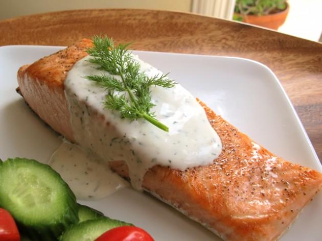 Seared Salmon with Creamy Dill Sauce