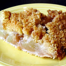 Apple Crunch Pie with Vanilla Sauce