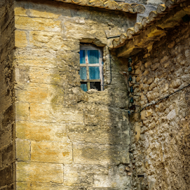 French window by Richard Depinay - Buildings & Architecture Homes ( provence, old, village, window, france, house, gordes )