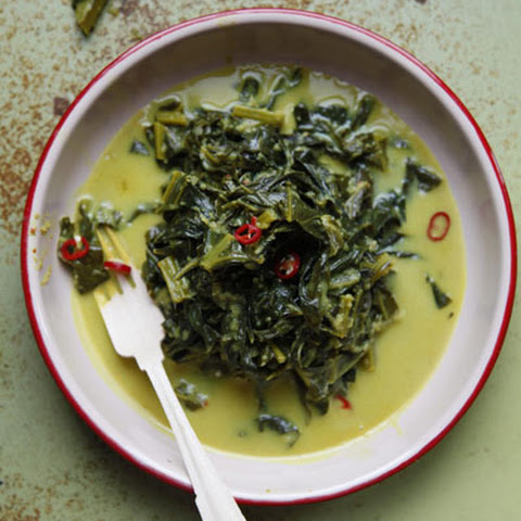 Gulai Sayur (Indonesian-Style Collard Greens Curry)