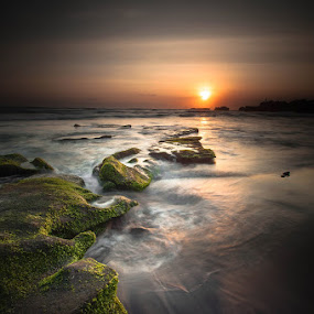 mengening by Firman Hananda Boedihardjo - Landscapes Waterscapes