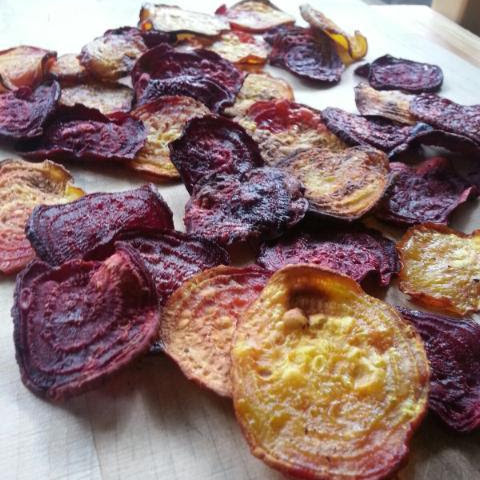 Crispy Baked Carrot and Beet Chips