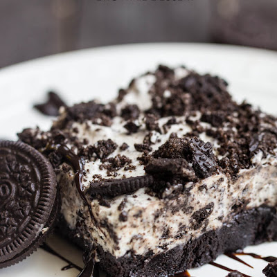 Frozen Cookies and Cream Brownie Dessert