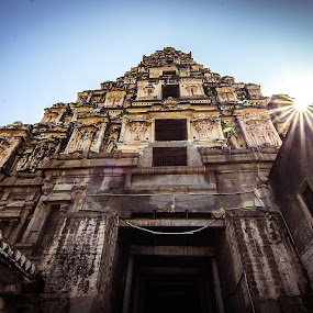 Hampi by Gurucharan Shamji - Buildings & Architecture Places of Worship ( temple, sunburst, tower, hampi, india )