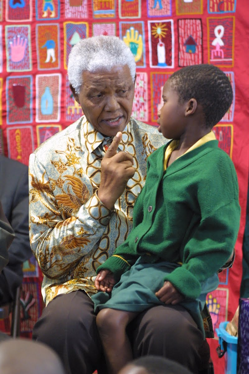 TWINKLE, TWINKLE, LITTLE STAR: Nelson Mandela singing his own version of Twinkle, Twinkle, Little Star
