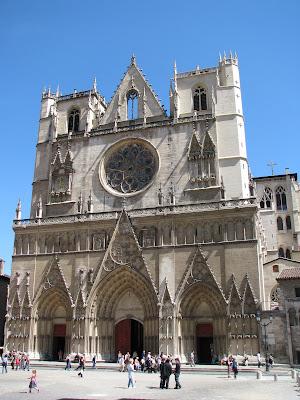 Test du Canon Powershot S5 IS - Cathédrale St Jean du Vieux Lyon