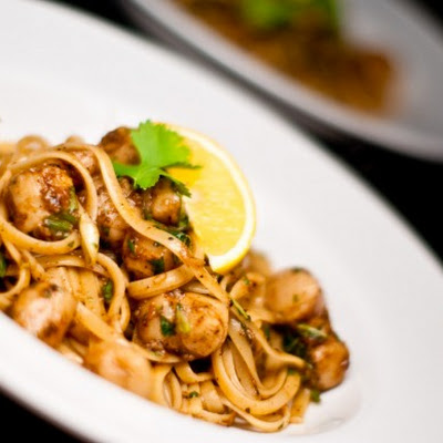 Firecracker Curried Scallops with Linguine