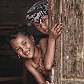 aku dan sahabatku by Agus Hqm - Babies & Children Children Candids