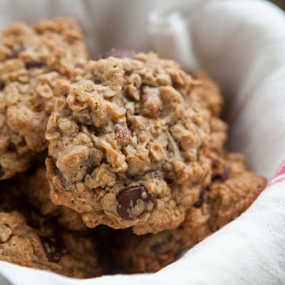 Awesome Oatmeal Chocolate Chip Cookie