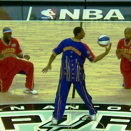 Globetrotters show by Gabriela RM - Sports & Fitness Basketball