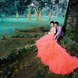 Just Both of Us by Amin Basyir Supatra - Wedding Bride & Groom ( love, bali, red, prewedding, green, wedding, three, botanical garden )