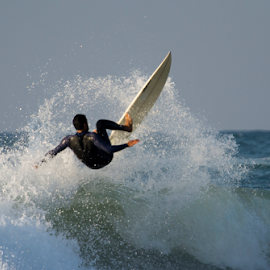 by Yuval Shlomo - Sports & Fitness Surfing