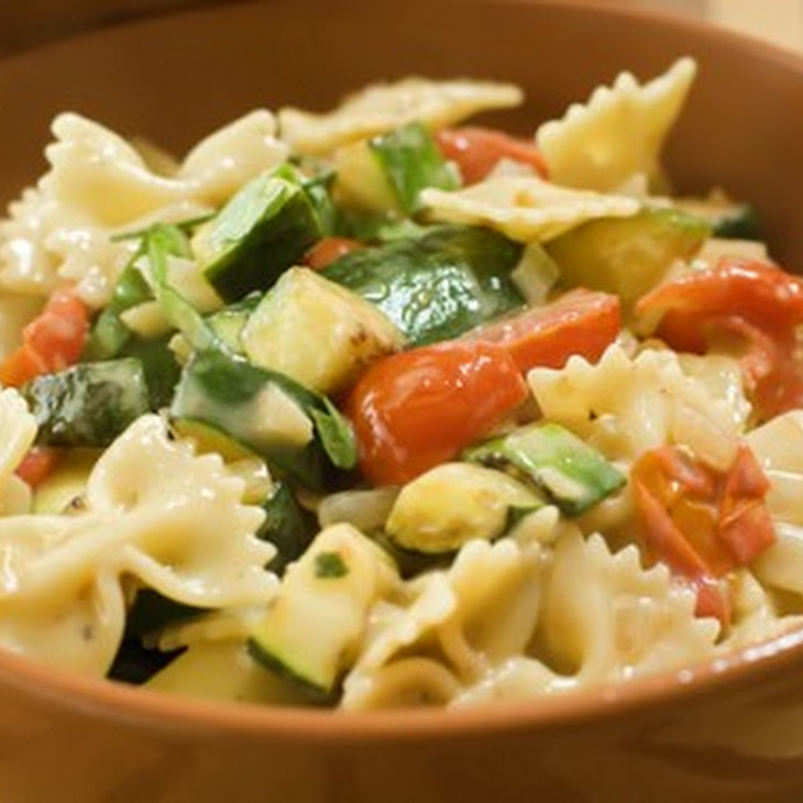 Farfalle With Zucchini Recipe — Dishmaps