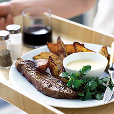 Steak With Goat's Cheese Sauce