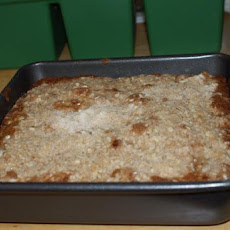 Apple Oatmeal Crumb Cake