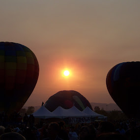 Sundown At The Balloon Races by Ed Hanson - News & Events Sports ( haze, hot, air, balloons, sun )