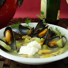 Mussels With Potato and Garlic