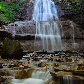 Sherman Falls, Ancaster Ontario  by Dan Hinde - Landscapes Waterscapes