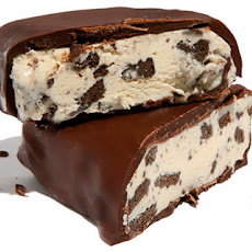 Chocolate-Dipped Cookies-and-Cream Ice Cream Bars