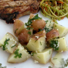 Baby red potatoes with garlic and parsley