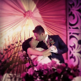 wedding kiss by Prio Widodo - Wedding Ceremony