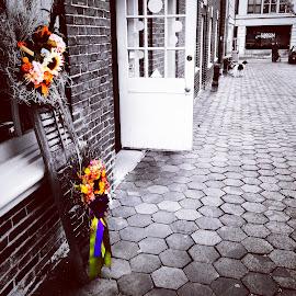 Lancaster alleyway  by Julie Dabour - City,  Street & Park  Markets & Shops